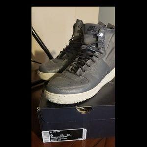 Nike SF Air Force 1 Mid Dark Grey